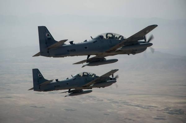 A Força Aérea do Afeganistão deverá receber um novo adicional de 4 aeronaves A-29 Super Tucano, além das 20 já encomendadas. (Foto: U.S. Air Force / Staff Sgt. Larry E. Reid Jr / 438th Air Expeditionary Wing)