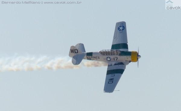 Collver com seu T-6.  (Foto: Bernardo Malfitano / Cavok)