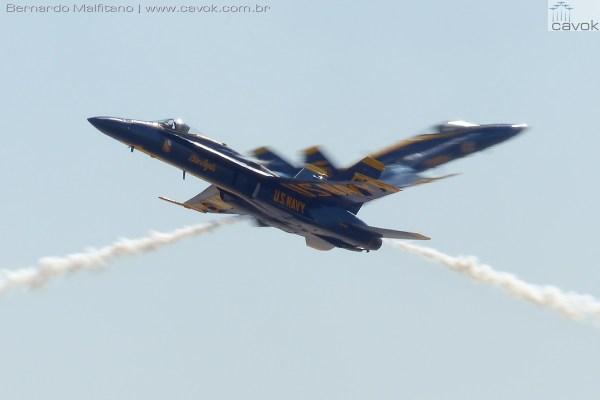 "Miramar16Malfitano 68 BlueAngels 600x400 - Saiba como foi o Miramar Air Show 2016, a ""Fightertown"" pelas lentes do Cavok"