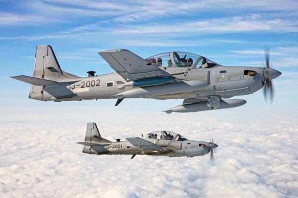 Aeronaves Embraer A-29 Super Tucano em operação com a USAF. (Foto: U.S. Air Force)