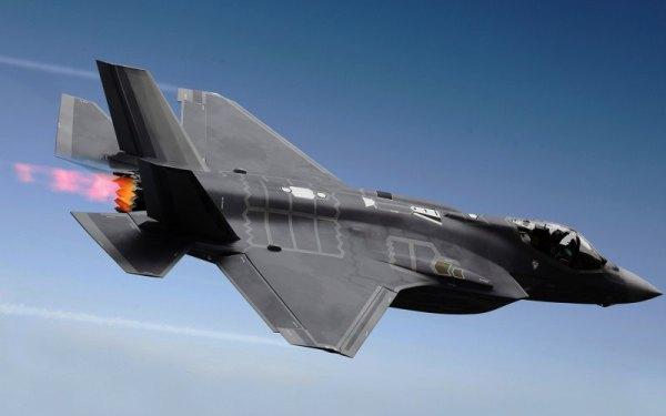 O carissimo programa F-35 exigirá mais de meio bilhão adicional para finalizar.