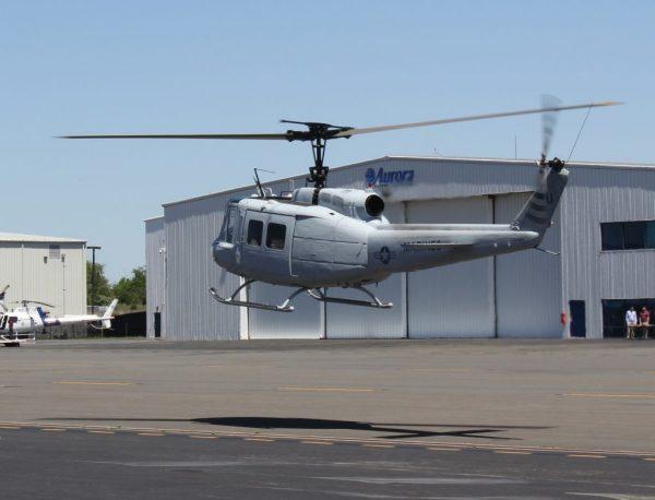 A Aurora está integrando um sistema de controle autônomo em um helicóptero UH-1H Huey. (Foto: Aurora Flight Sciences)