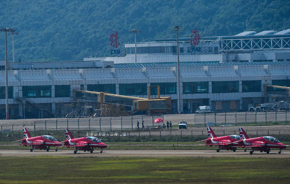china-red-arrows-brexit-695436