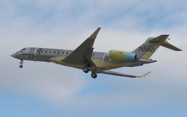 A primeira aeronave executiva Global 7000 da Bombardier realizou seu voo inaugural no dia 4 de novembro, em Toronto. (Foto: Bombardier)