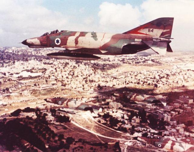 F 4E IDF - Guerra do Yom Kippur: choque de Titãs