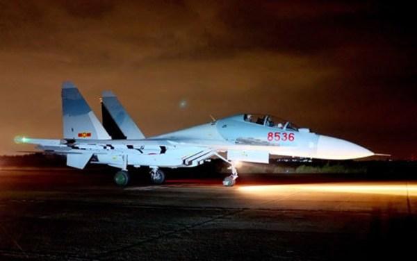 Su 30MK2 Vietnam Air Force most advanced Russias Su 27 30 series fighters 5 600x376 - Índia treinará pilotos de caças Su-30 vietnamitas