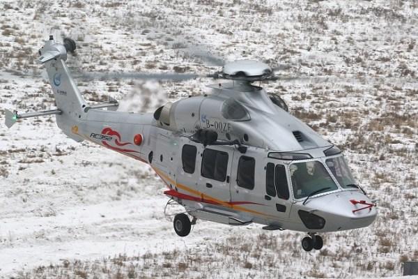 ac352 first flight 600x400 - IMAGENS: Voa na China o primeiro helicóptero Avicopter AC352