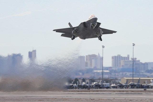 web1 f35web 7882652 - Caças F-35A estão se desempenhando bem no exercício Red Flag 17-1