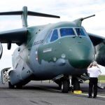 LAAD: Exportação do KC-390 contará com financiamento do BNDES