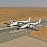 VÍDEO: Gigante aeronave Stratolaunch taxia pela primeira vez e se prepara para o voo inaugural