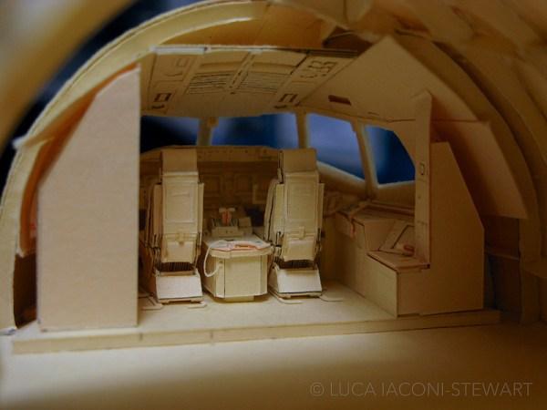 777 12 600x450 - VÍDEO E IMAGENS: Um Boeing 777 todo feito de papel