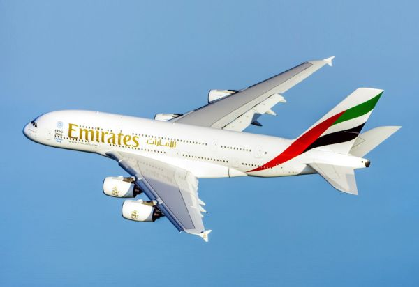 A380 Emirates flight 600x412 - Emirates assina o pedido firme para 20 novos Airbus A380