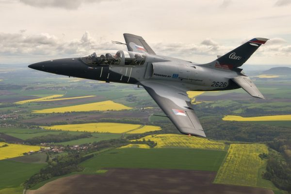 L 39 NG 1024x683 600x400 - FARNBOROUGH: Aero fecha acordo para até 16 jatos de treinamento L-39NG com a SkyTech
