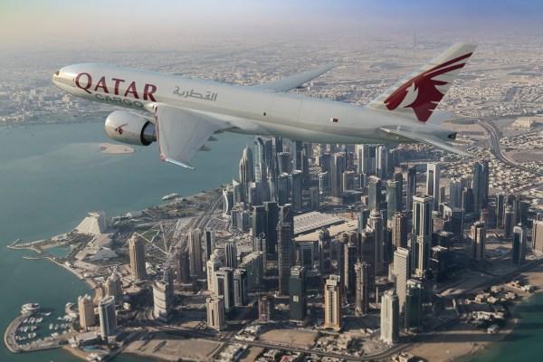 Qatar 600x400 - FARNBOROUGH: Boeing e Qatar Airways finalizam pedido para cinco 777 Cargueiros