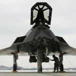 """VÍDEO: """"Aposentados"""" jatos furtivos F-117 são vistos novamente voando em Nevada"""