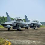 "Armee de l'Air ""visita"" Hanoi"