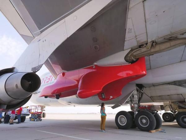 "40285206 2380695028623684 6461344432120659968 n 1 600x450 - IMAGENS: Virgin Orbit libera imagens do 747-400 ""Cosmic Girl"""