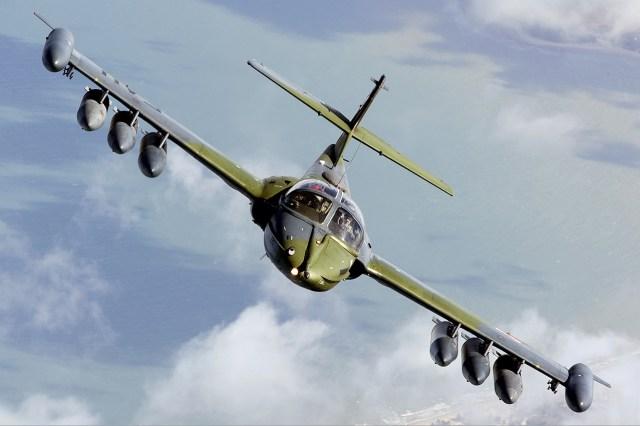 """A 37 uruguai - """"A"""" de ataque: Cessna A-37 Dragonfly"""