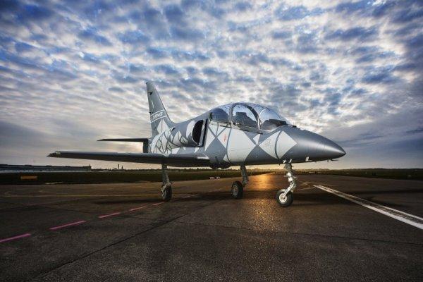l 39ng 02 600x400 - VÍDEO: Aero apresenta o primeiro L-39NG de série