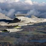 Gripen E faz voo com míssil Meteor