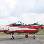 Força Aérea da Indonésia assina acordo com a KAI para treinadores KT-1B e T-50I