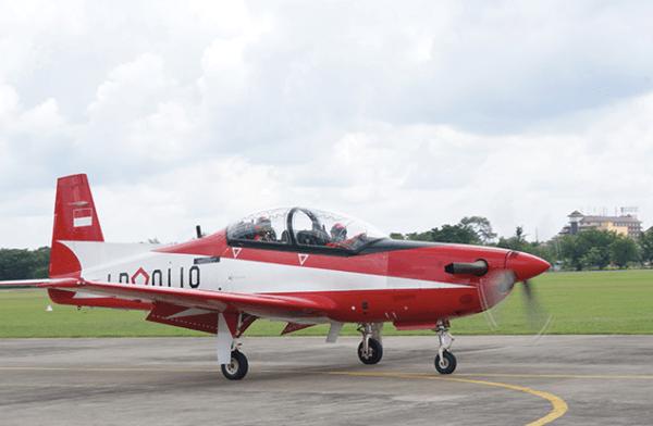 KT 1B TNI AU 02 600x392 - Força Aérea da Indonésia assina acordo com a KAI para treinadores KT-1B e T-50I