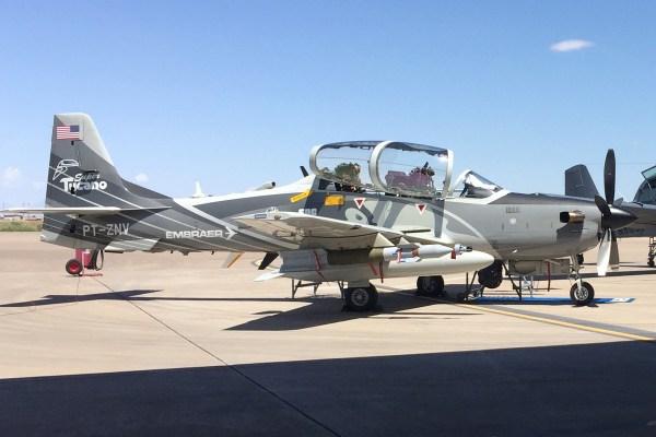 17 a29 600x400 - Competição de aeronaves de ataque leve da USAF deve ser retomada apenas em 2019