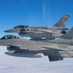 Caças F-16s poloneses se preparam para assumir policiamento aéreo da OTAN no Báltico