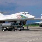 VÍDEO: Bombardeiros Tu-160 russos voam sobre o Mar do Caribe junto de caças venezuelanos