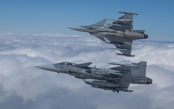 e0080073e136255f640b9098d060bf21 600x377 - Aumentam as chances do Gripen na Croácia se negócio dos F-16s israelenses for cancelado
