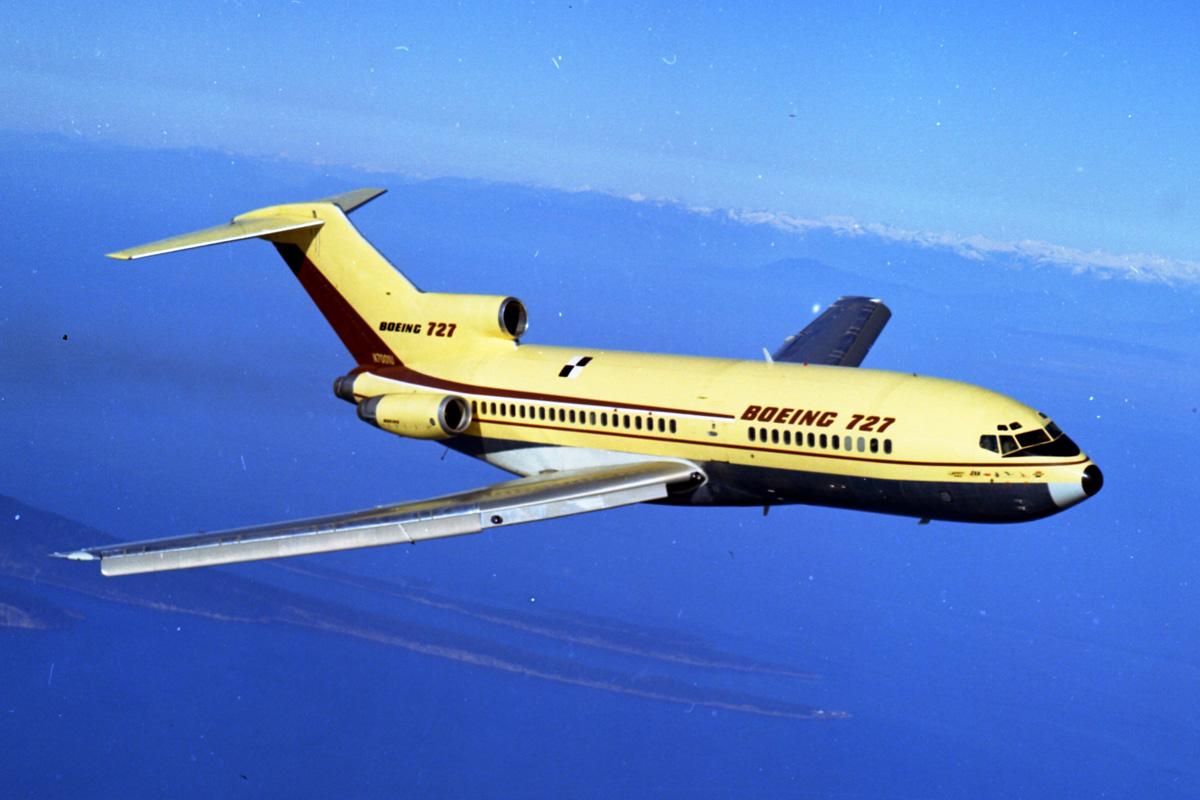 Resultado de imagem para Boeing 727-200