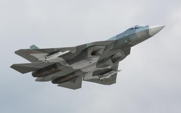 pak fa 2017 cerven - Su-57 para China?