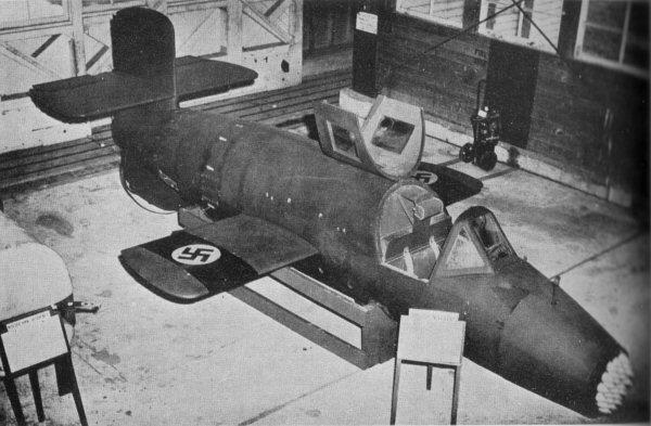 air ba349 2 600x393 - AERONAVES (QUASE) FAMOSAS: Ba 349 'Natter', o jato de madeira da Alemanha nazista