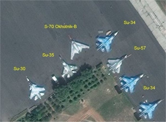 EBFsrk7XoAAMNQh - Drone stealth de combate russo realiza seu primeiro voo
