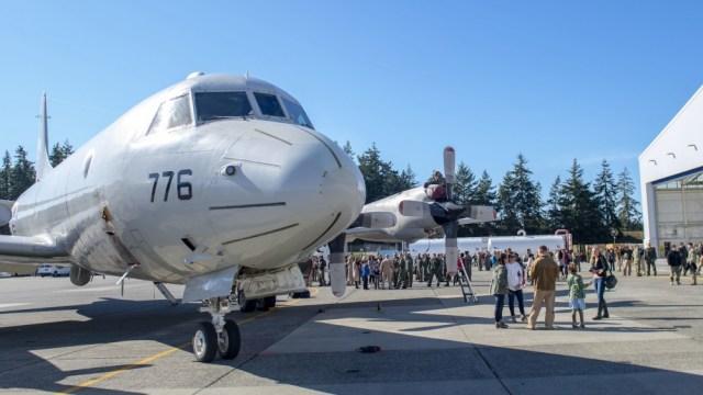 1000w q95 10 - FIM DE UMA ERA: Marinha dos EUA aposenta último P-3C Orion no serviço ativo