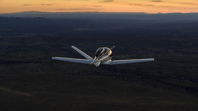09 small 1571768433 - Cirrus Vision Jet é o primeiro jato privado que pode pousar sozinho