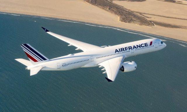 Air France A350 700x421 - Grupo Air France-KLM decidirá em breve entre o 787 e o A350 para substituir seus A380