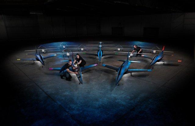 Autonomous Boeing Loyal - VÍDEO: Bancos de teste 'Loyal Wingman' da Boeing realizam o primeiro voo autônomo em equipe