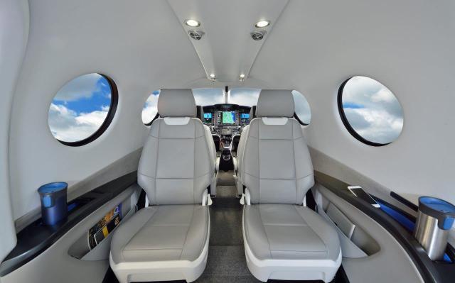 E1000 Cabin lores - Epic Aircraft recebe certificado do tipo da FAA para nova aeronave E1000