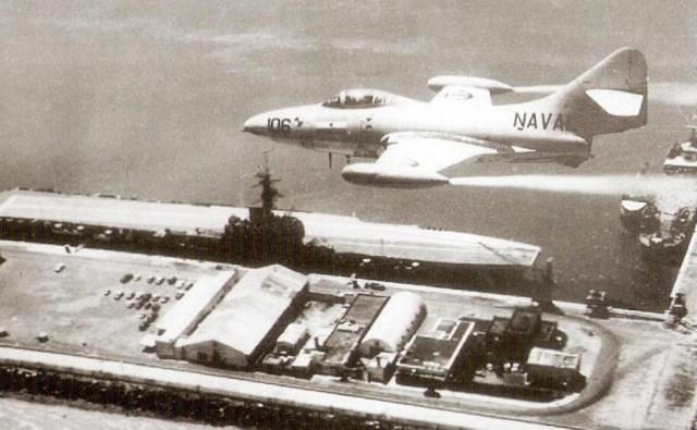 F9F Panther argentina - Panther e Cougar em serviço com a ARMADA Argentina