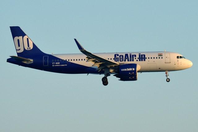 GoAir VT WGR Airbus A320 271N - VÍDEO: Dramático momento que A320 de companhia indiana pousa na grama