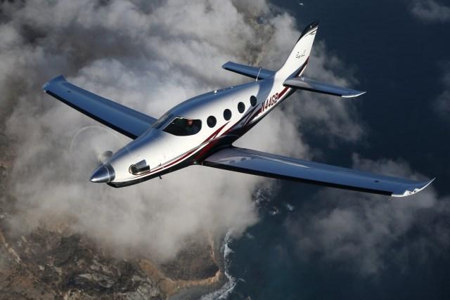 Jessica Epic03 - Epic Aircraft recebe certificado do tipo da FAA para nova aeronave E1000