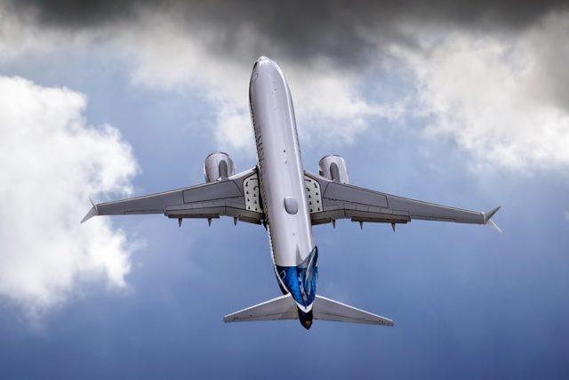 boeing 737 max climb 960x640 - Boeing disse que entregas do 737 MAX podem ser retomadas em dezembro