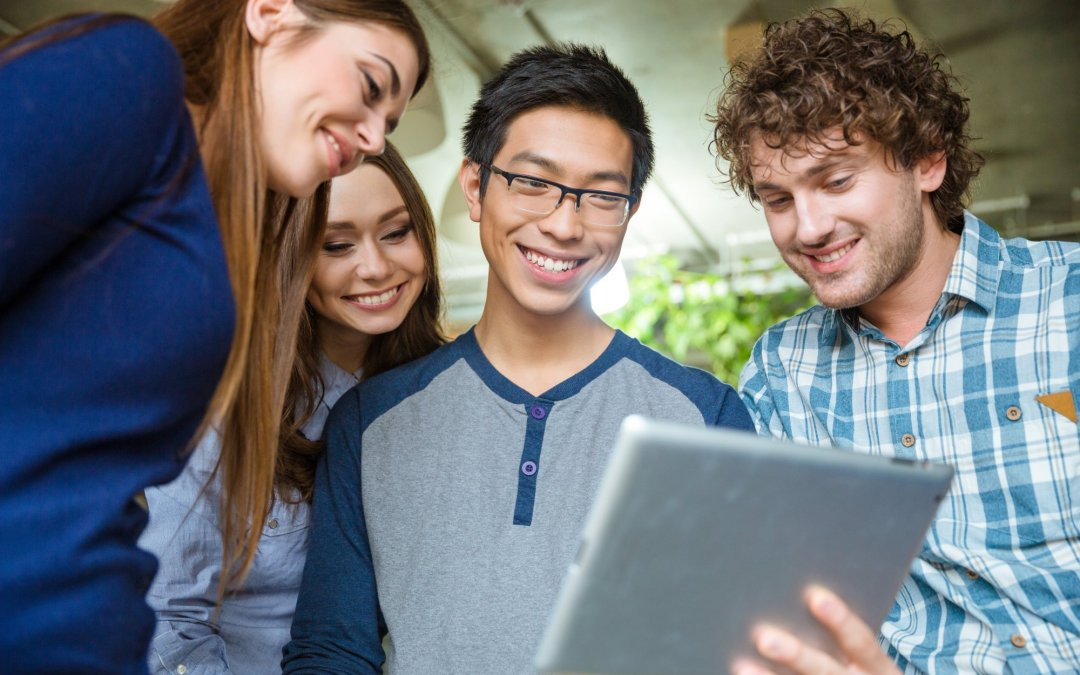 How to Use iBeacons to Improve Prospective Student and Donor Experiences