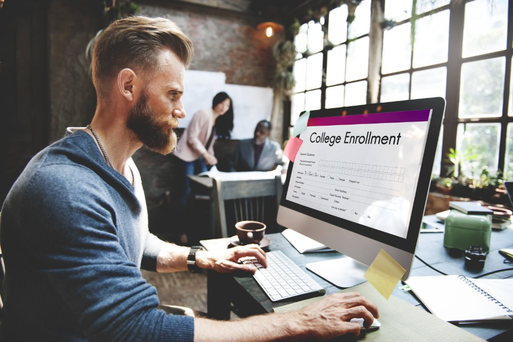 Marketer creating enrollment focused education website