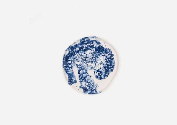 Plato Vajilla Litio. Blanco Burbujas Azul. (M)