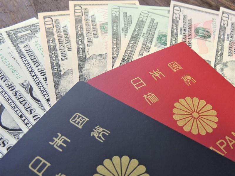 海外旅行もクレジットカードがあれば海外ATMでの引き出しが出来るので外貨両替の必要は無し!