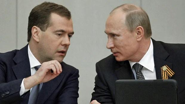 Vladimir Putin skips G8 summit, sends Medvedev - World ...