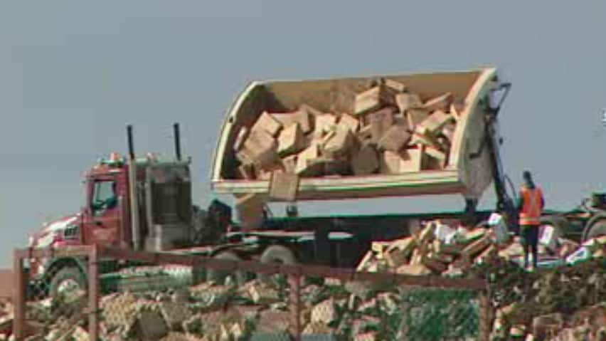XL Foods took about 500 to 600 tonnes of beef to the industrial section of the Newell County landfill to dispose of the meat under supervision of the Canadian Food Inspection Agency.