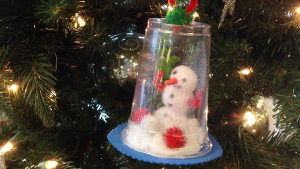 Sweet Winter Craft Make Your Own Frosty Snow Globe Play